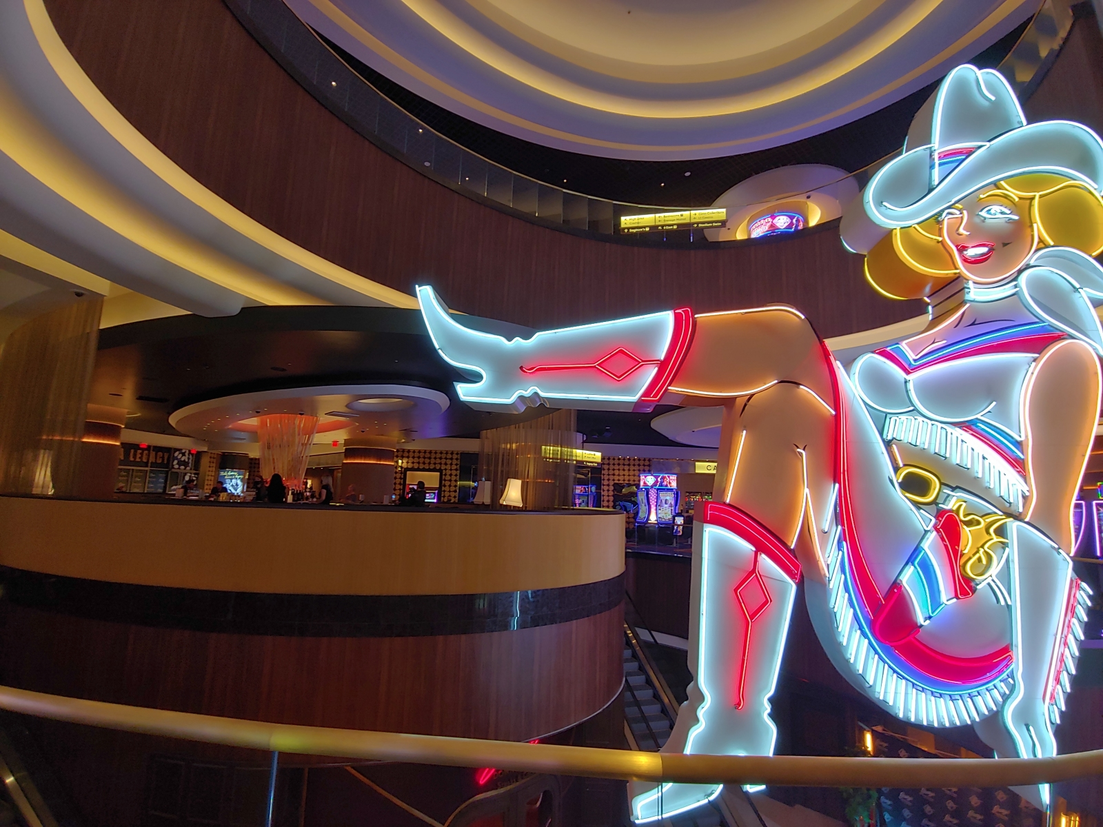 Vegas-Vickie-20201028_02
